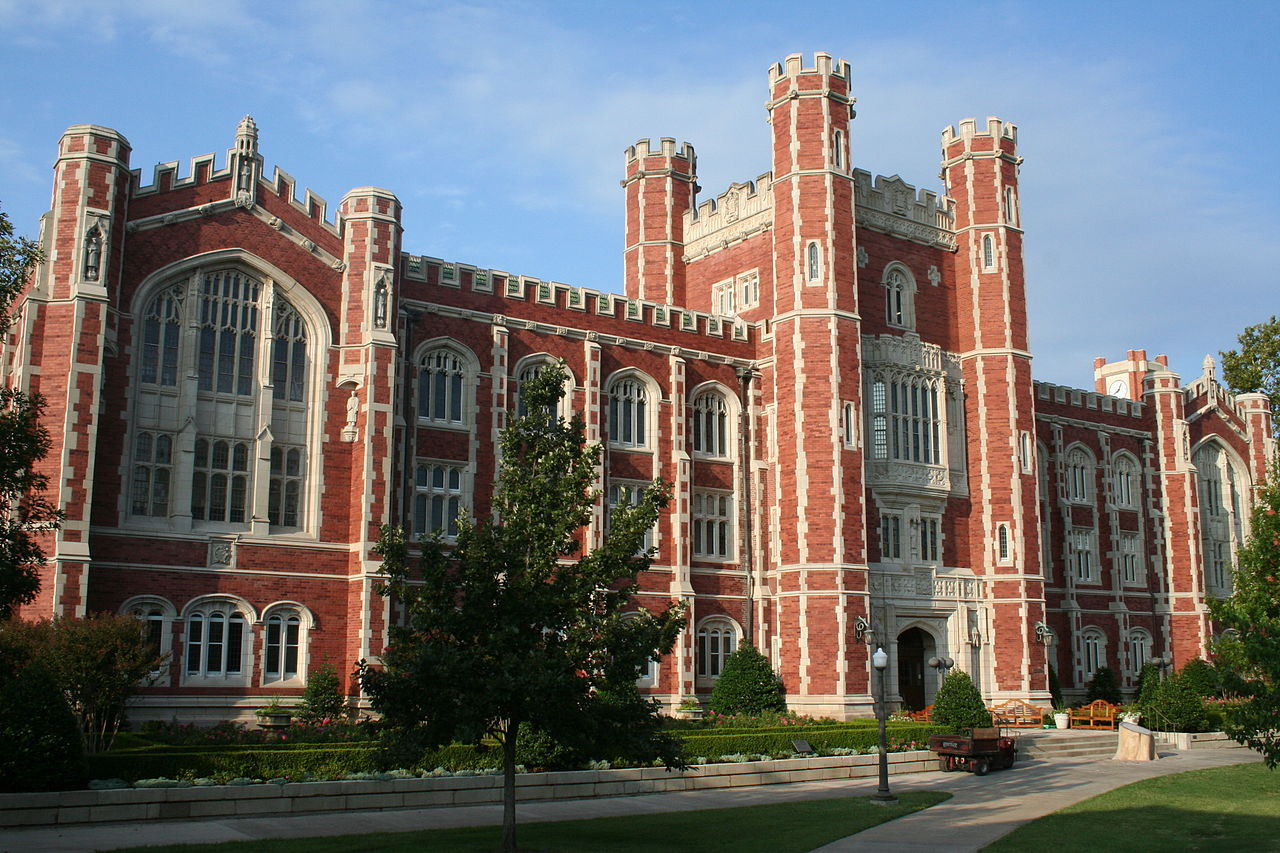 Evans Hall at the University of Oklahoma