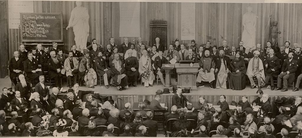 https://commons.wikimedia.org/wiki/File:1893parliament.jpg